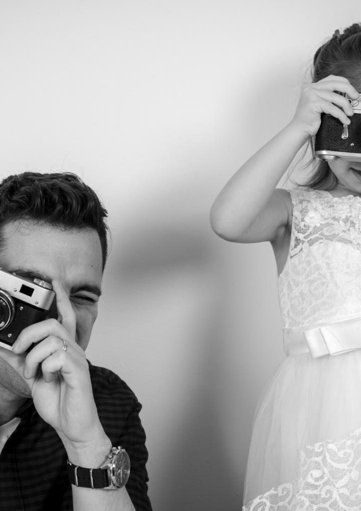 Cum ne ajutăm copilul să petreacă mai puțin timp în fața ecranului?