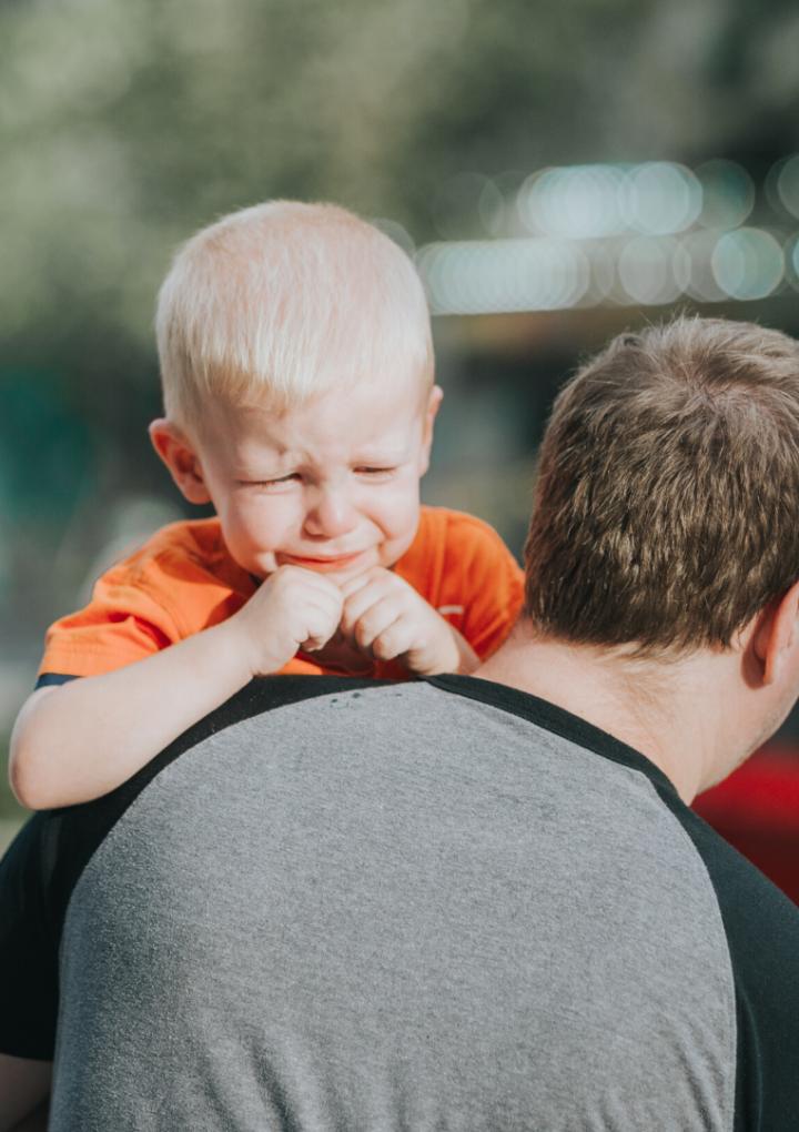 Despre tantrumuri și alte provocări ale părinților