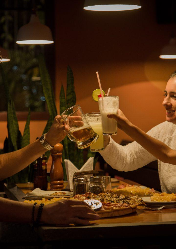 Putem să ne bucurăm de o ieșire la restaurant cu copilul?